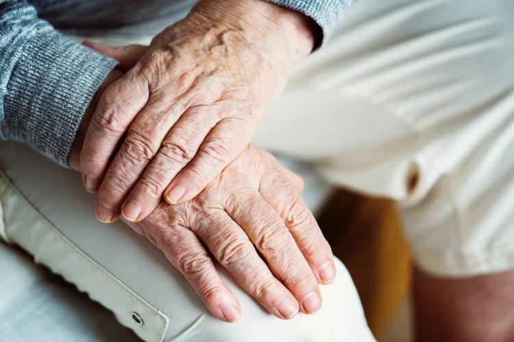 Las 4 claves para el cuidado emocional en personas mayores