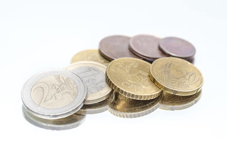 Ayudas económicas y de servicios para personas mayores o dependientes